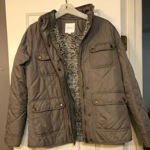 Thread and supply jacket